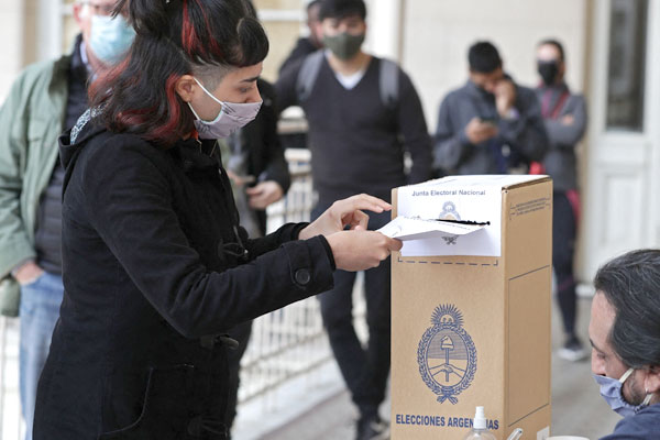 Elecciones primarias en Argentina: polarización y contundente derrota peronista